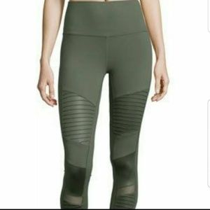 Alo Moto green yoga  leggings xs